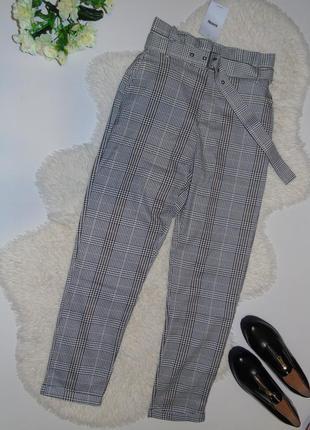 Трендовые брюки в клетку с высокой талией