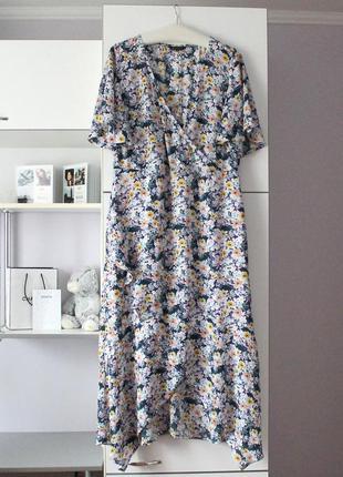 Очень красивое шифоновое платье с рюшами от peacocks