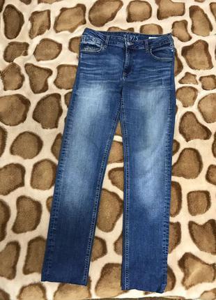 Стильные джинсы с завышенной талией от zara оригинал