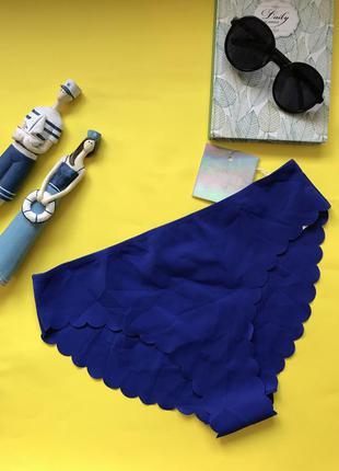 Красивые синие купальные плавки missguided
