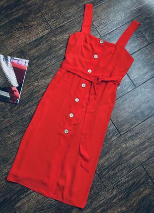 Очень красивое красное летнее платье большого размера