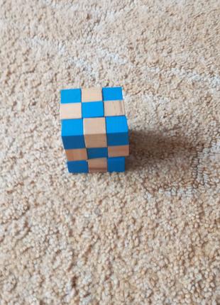 Продам головоломку  шахмати