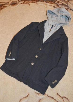 Пиджак с обманкой gap р.s 6-7 лет 122 см