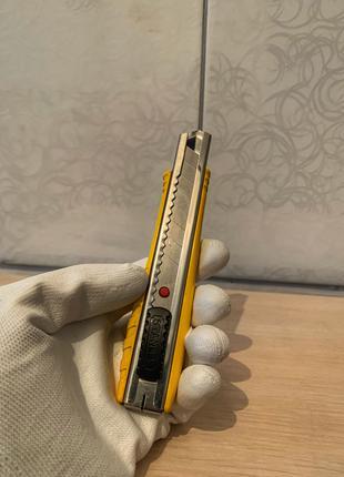 Нож Stanley FatMax плюс лезвие в подарок (10 шт)