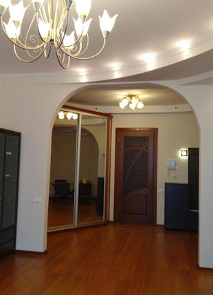 Квартира после ремонта, близко к Центру, Севастопольская площадь!