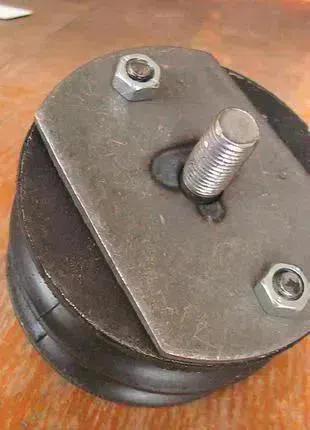 Подушка под двигатель ВАЗ-2101 передняя