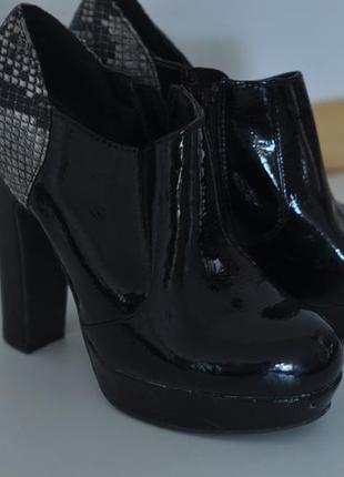 Ботильоны, туфли на высоком каблуке. ботинки.