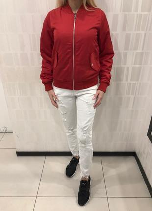 Красный утеплённый бомбер куртка ветровка. amisu. размеры уточ...