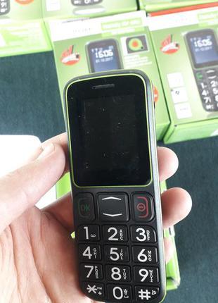 Мобильный телефон   2-sim   дисплей   радио   фонарик  