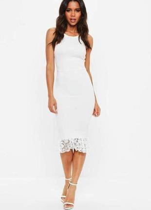 Нарядное платье с открытой спиной и кружевной оборкой #розвант...