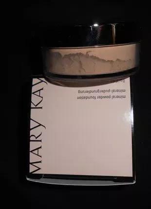Минеральная рассыпчатая пудра Mary Kay Ivory2