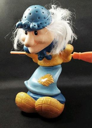 Коллекционная резиновая игрушка Баба Яга с метлой, раритет, ссср