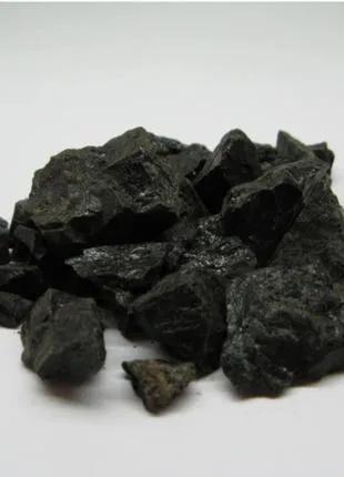 Камень турмалин черный необработанный 100 гр 2788-84