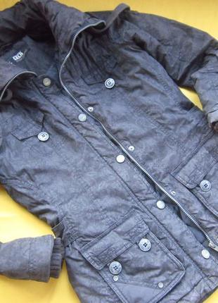 Фирменная стильная куртка,осень-тёплая зима