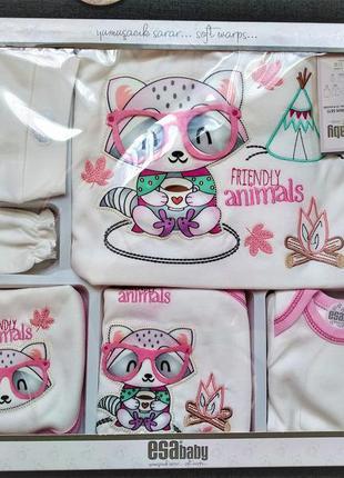 Подарочный набор одежды для новорожденной