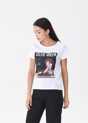 Новая белая футболка с принтом house