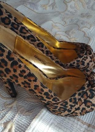 Супер стильные босоножки туфли леопардовый актуальный принт