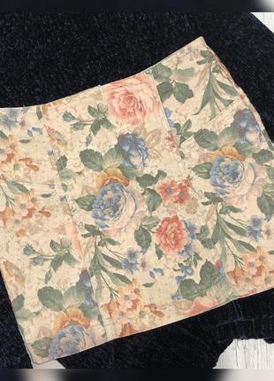 Джинсовая юбка в цветы