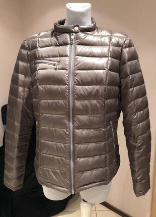 Весенний легкий пуховик куртка