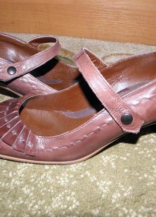 Туфли кожа фирма р.38