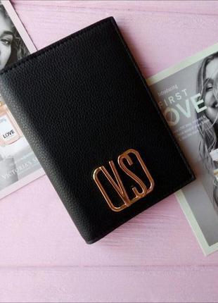 Обложка на паспорт от victoria's secret
