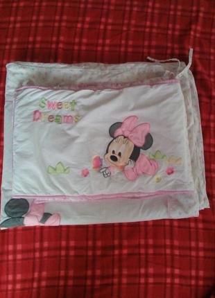 Комплект постельный для детской кроватки . одеяло и ободок.