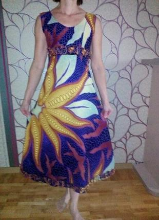 Красивое летнее платье с принтом