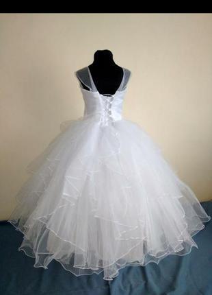 Детское пышное нарядное платье белое
