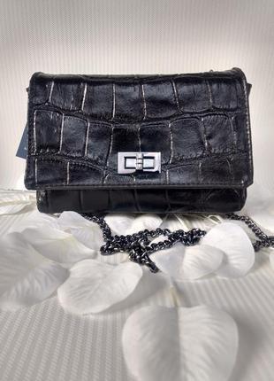Чёрная кожаная сумочка на цепочке genuine leather италия