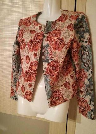 Пиджак,жакет-накидка в цветочный принт от asos