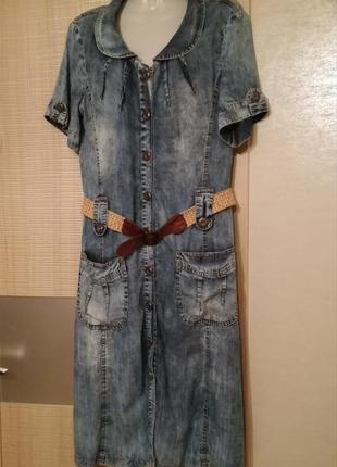 Актуальное джинсовое платье миди халат на пуговицах с поясом l...
