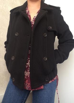 Черное фактурное двубортное шерстяное пальто/полупальто/куртка...