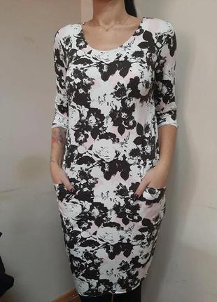 Платье трикотажное в цветочный принт