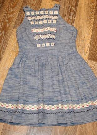 Хлопковое платье с вышивкой warehouse в идеальном состоянии м-l