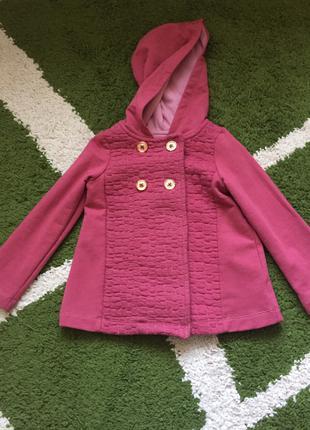Пальто  б/у легкое весенне- осеннее. Девочка. Размер 98