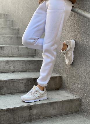 Женские бежевые демисезонные кроссовки нью беленс /баланс