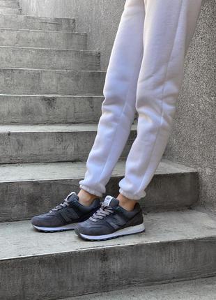 Женские тёмные кроссовки нью беленс/баланс