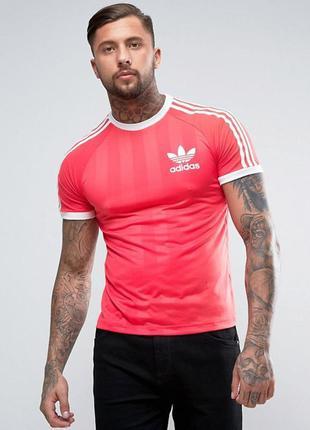 Модная необычная розовая футболка в стиле ретро adidas origina...
