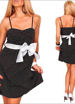 Черно белое платье с бантом