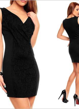 Черное платье с гипюром
