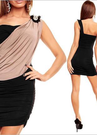 Черно-бежевое вечернее платье