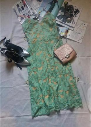 Стильное платье с кружевом на праздник(день рождение, выпускно...