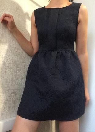 #розвантажуюсь фактурное жаккардовое платье темно-синего цвета