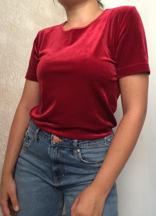 #розвантажуюсь бархатный топ/футболка в насыщенном красном цвете