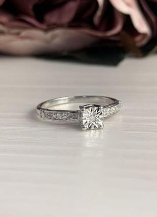 Серебряное кольцо с бриллиантом, 17 размер
