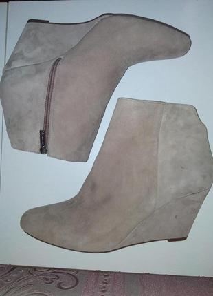 Ботинки jessica simpson 40 р