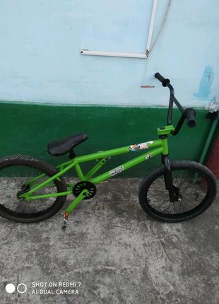 Продам велосипед бмх bmx