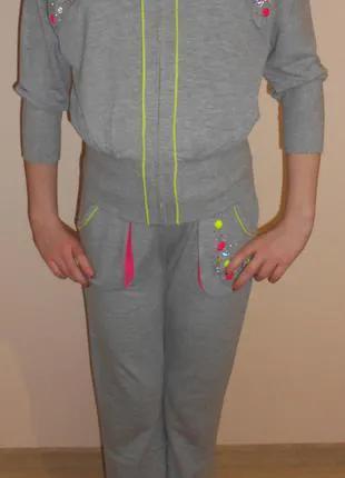 Спортивные костюмы на девочек, 152 , deloras