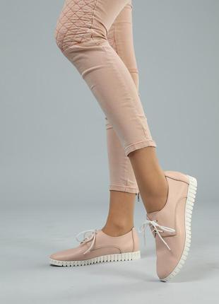 Женские туфли на шнурках кеды кожаные повседневные розовые