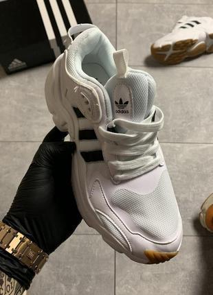 Adidas magmur runner white, женские кроссовки